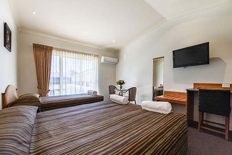 Standard-Queen-Room-1